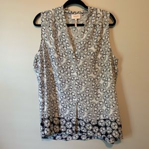 Women's laundry by Shelli Segal blue floral blouse